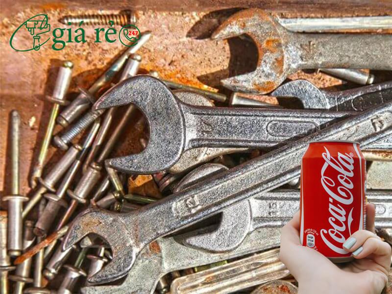 Tẩy gỉ sét bằng Coca Cola